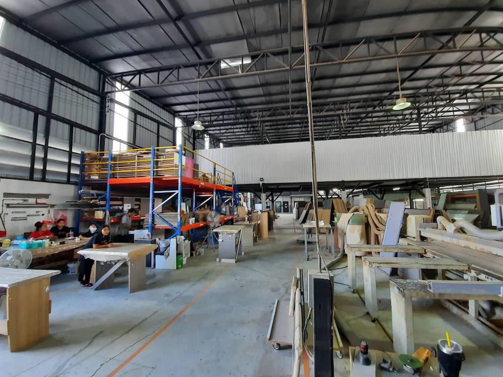 บริษัท ดูมอร์ ลิฟวิ่ง โฮม มีโรงงานผลิตเฟอร์นิเจอร์ที่ไทย